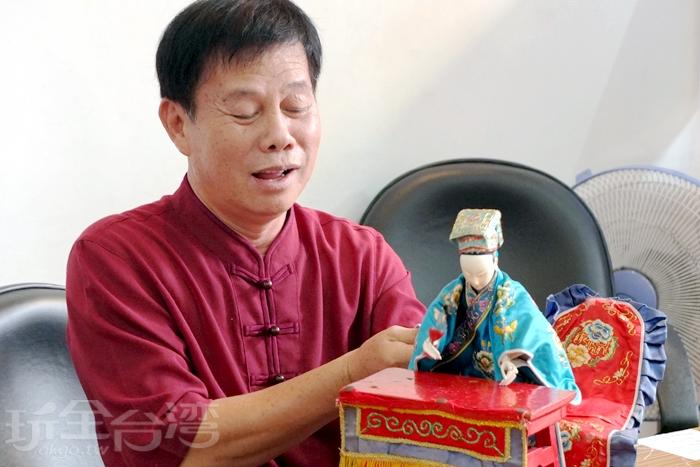 今天有幸請到全樂閣木偶劇團團長及幾位都是民俗技藝界的大師來解說與表演/玩全台灣旅遊網特約記者阿辰攝