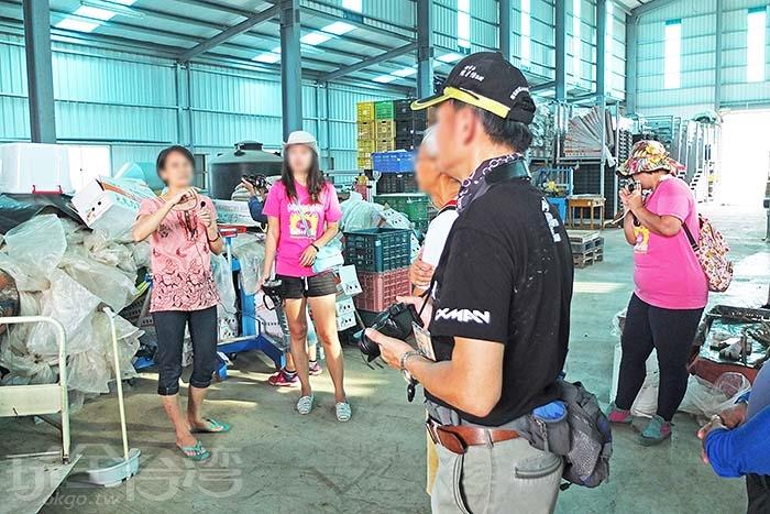 轉眼也進入最後一個景點,歸來特產「大力蔘牛蒡」工廠一覽/玩全台灣旅遊網特約記者阿辰攝
