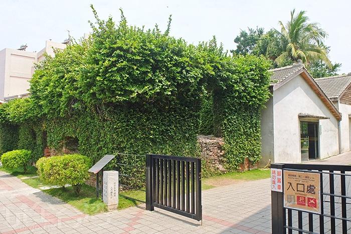 安平蚵灰窯文化館位於安北路上,是台灣僅存完整的蚵灰窯。/玩全台灣旅遊網特約記者阿辰攝