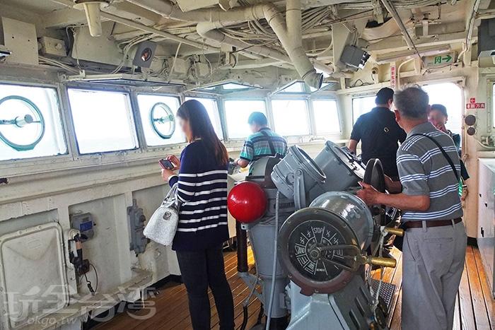 都上來軍艦了,豈能錯過舵房。/玩全台灣旅遊網特約記者阿辰攝