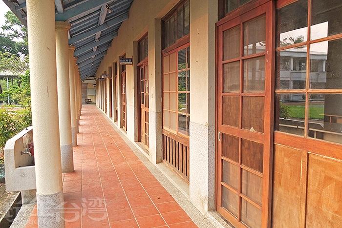 這條古色古香的走廊成為追劇必經的人氣場景之一。/玩全台灣旅遊網特約記者阿辰攝