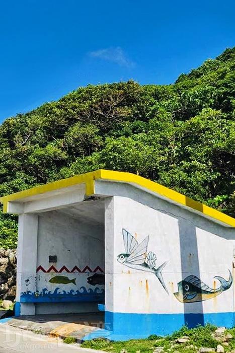 非常樸實的蘭嶼公車亭。/玩全台灣旅遊網特約記者隱月攝