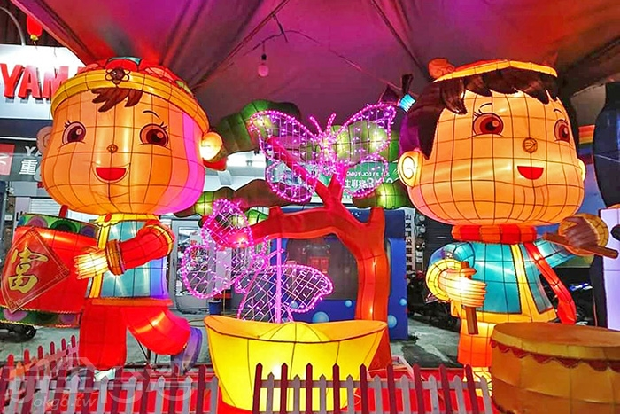 小朋友們手做的燈籠已具有專業水準。/玩全台灣旅遊網特約記者隱月攝