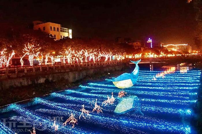 藍色鯨魚優游在藍色海底隧道中!/玩全台灣旅遊網特約記者隱月攝