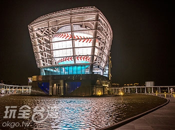 巨型天燈點亮新竹風城!