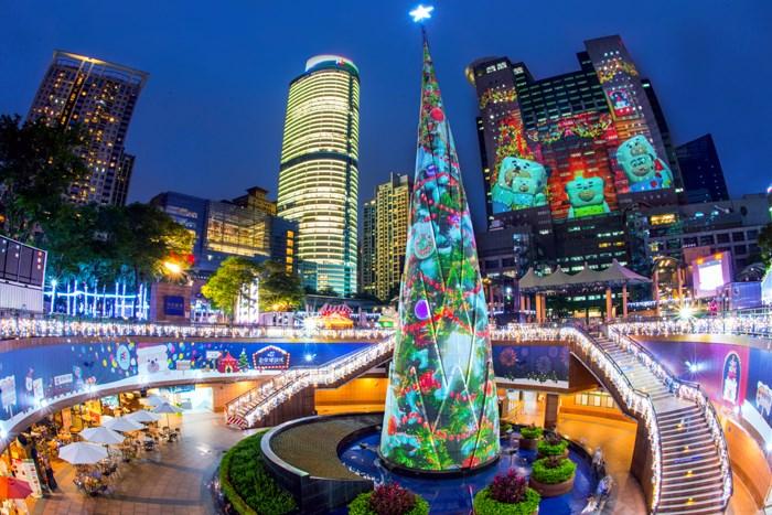 【2017新北市耶誕城】閃亮亮登場囉~!!全球唯一306度3D光雕投影再升級!
