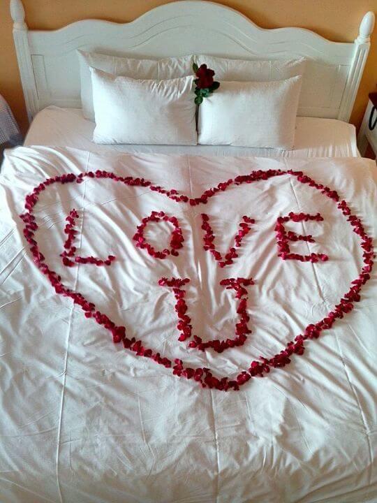 如大家有生日,求婚,任何活動需佈置房間的話,本館可代為佈置喔。詳細內容請來電或來信詢問喔。 相片來源:墾丁‧靜觀行館