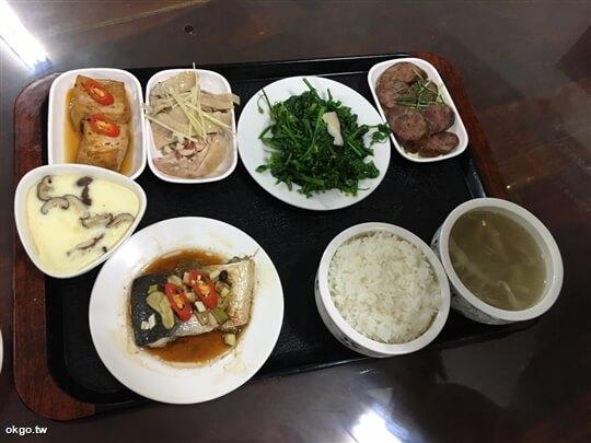 1人份行旅晚餐,5菜1湯。(詹媽媽加菜) 相片來源:瑞里詹德仁茶園民宿