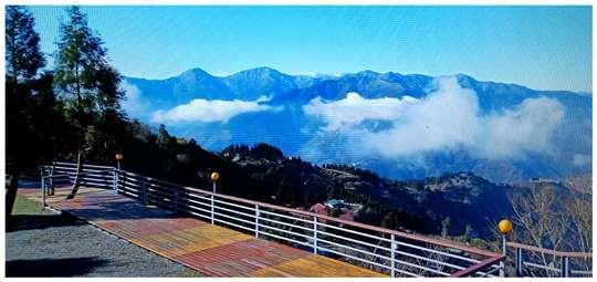 相片來源:拉拉山露營.雲頂休閒露營區