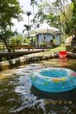 水池供小朋友玩水