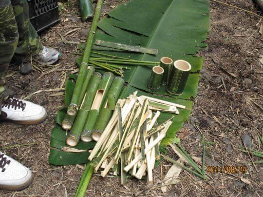 野外求生--製作碗筷 相片來源:新竹內灣尖石武林帖