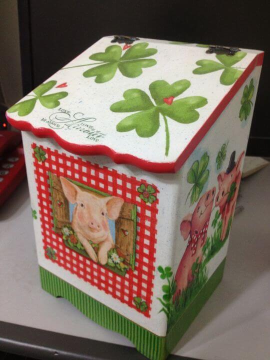 DIY豬豬發票筒 相片來源:墾丁Pig House二館 包棟主題民宿