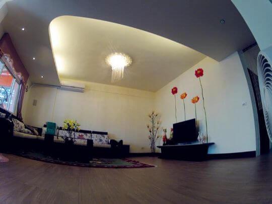 嗨,叁拾肆號倉庫精品館的朋友們 相片來源:墾丁民宿‧東門50巷