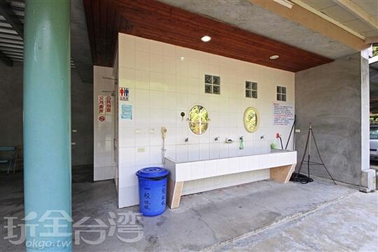 共用衛浴-民宿下方