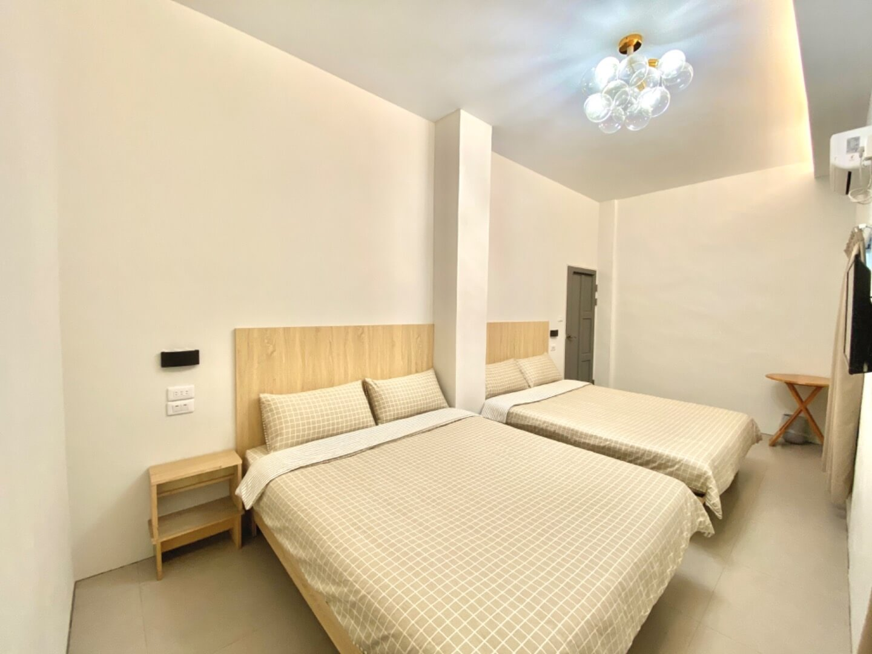精緻舒適四人套房 相片來源:綠島民宿~明月小築民宿