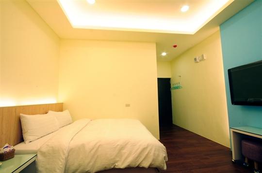 綠堤濱海旅店~標準雙人房