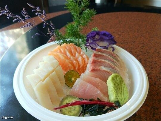 *盛合生魚片* 相片來源:淺田屋日式料理