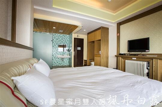 晨星蜜月雙人房 相片來源:清境楓丹白露民宿