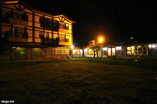 餐廳外觀夜景 相片來源:新竹新埔‧普羅旺斯玫瑰莊園民宿