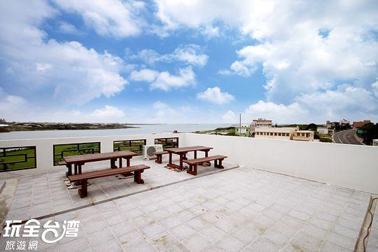 頂樓海景休憩區