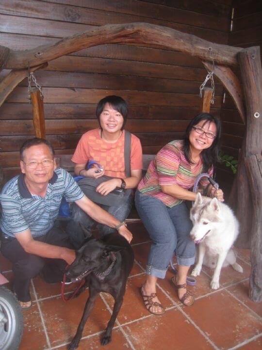 2010.8.11陳先生3+1狗住通鋪 相片來源:墾丁寵物民宿.哈CHEESE