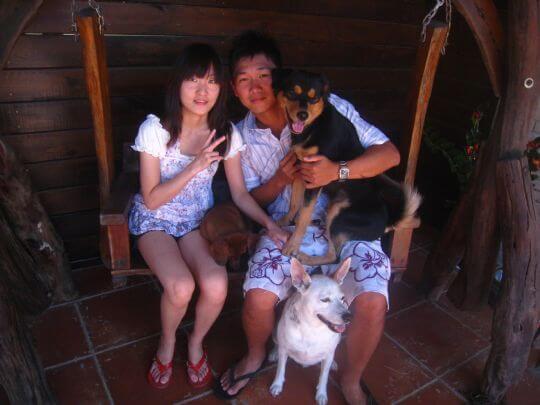 2010.8.15林小姐2人+3狗入住船屋 相片來源:墾丁寵物民宿.哈CHEESE