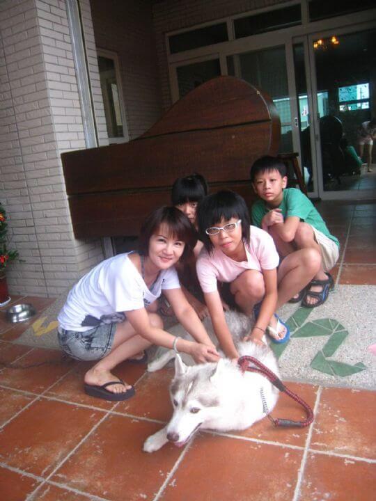2010.8.22張小姐5人入住蛋屋和樹屋 相片來源:墾丁寵物民宿.哈CHEESE