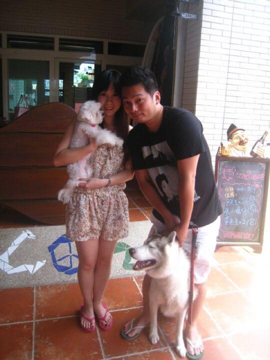 2010.8.27呂先生2人+1狗入住蛋屋 相片來源:墾丁寵物民宿.哈CHEESE
