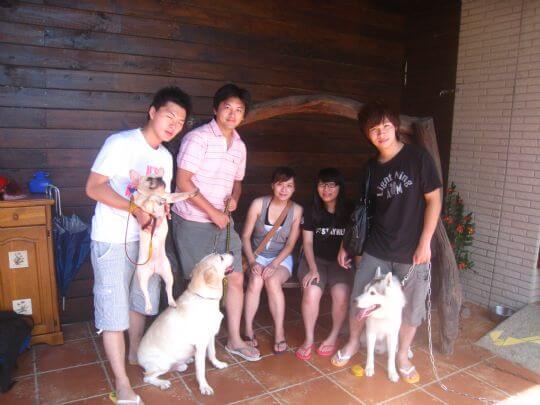 2010.9.3林小姐5人+2狗入住通鋪 相片來源:墾丁寵物民宿.哈CHEESE