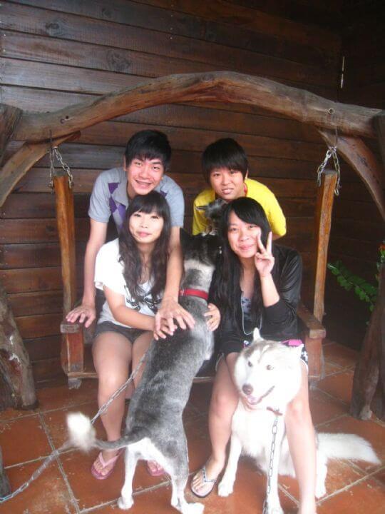 2010.9.8黃先生4人+1狗入住通鋪 相片來源:墾丁寵物民宿.哈CHEESE