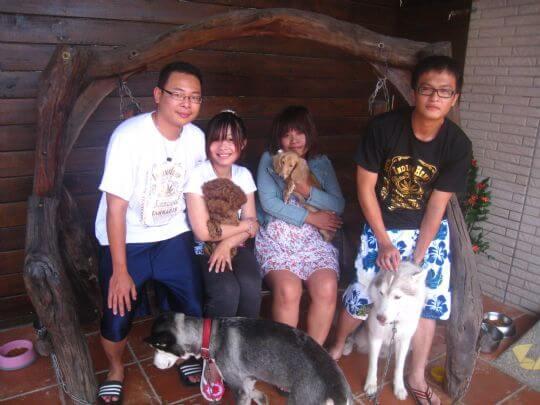 2010.9.11朱小姐4人+2狗入住通鋪 相片來源:墾丁寵物民宿.哈CHEESE