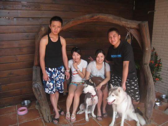 2010.9.17林小姐4人入住船屋和蛋屋 相片來源:墾丁寵物民宿.哈CHEESE