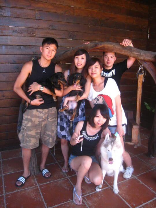 2010.9.27~28簡小姐5人+2狗入住通鋪 相片來源:墾丁寵物民宿.哈CHEESE