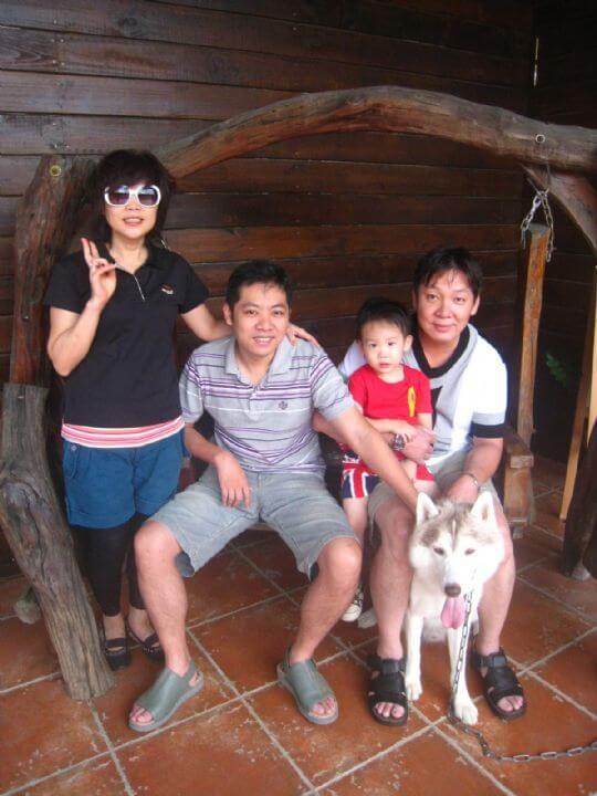 2010.10.16潘小姐5人+1狗入住蛋和船屋 相片來源:墾丁寵物民宿.哈CHEESE