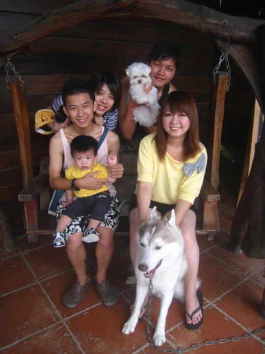 2010.10.23余先生4人+1狗入住船屋和樹屋 相片來源:墾丁寵物民宿.哈CHEESE