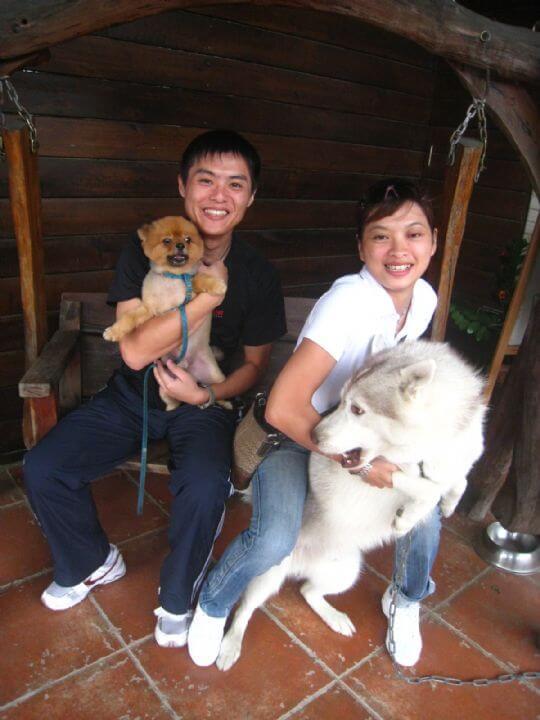 2010.11.4黃小姐2人+1狗入住船屋 相片來源:墾丁寵物民宿.哈CHEESE
