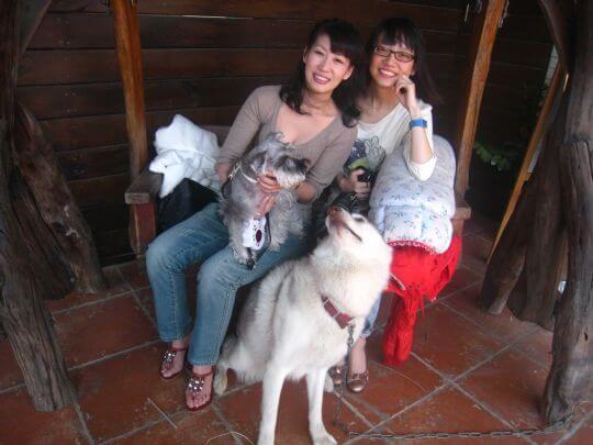 2010.11.08蔡小姐2人+1狗入住船屋 相片來源:墾丁寵物民宿.哈CHEESE