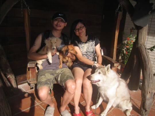 2010.12.11陳小姐2人+2狗入住樹屋 相片來源:墾丁寵物民宿.哈CHEESE