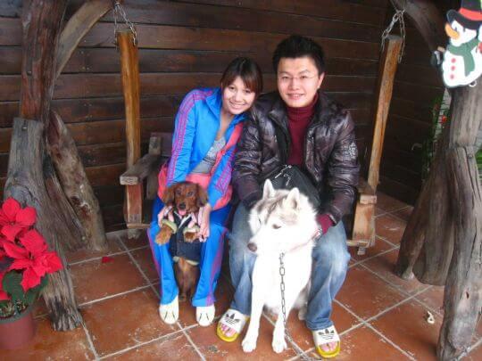 2010.12.25阮小姐2人+2狗入住船屋 相片來源:墾丁寵物民宿.哈CHEESE