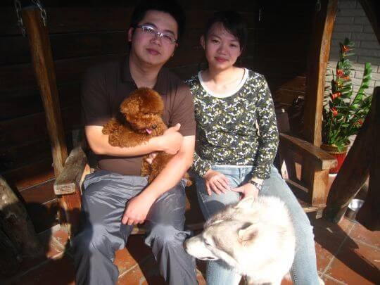 2011.1.2陳先生2人+1狗入住樹屋 相片來源:墾丁寵物民宿.哈CHEESE