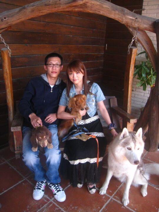 2011.2/28~3/1邱小姐2人+1狗入住樹屋和船屋 相片來源:墾丁寵物民宿.哈CHEESE