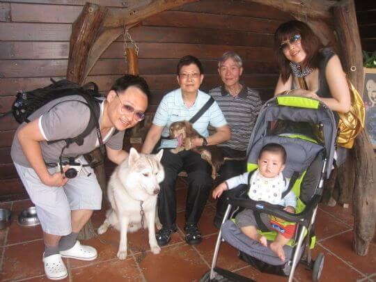 2011.4/24劉先生5人入住樹屋和船屋 相片來源:墾丁寵物民宿.哈CHEESE