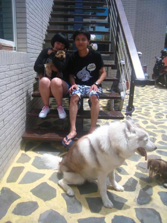 2011.5/14徐先生2人+1狗入住船屋 相片來源:墾丁寵物民宿.哈CHEESE
