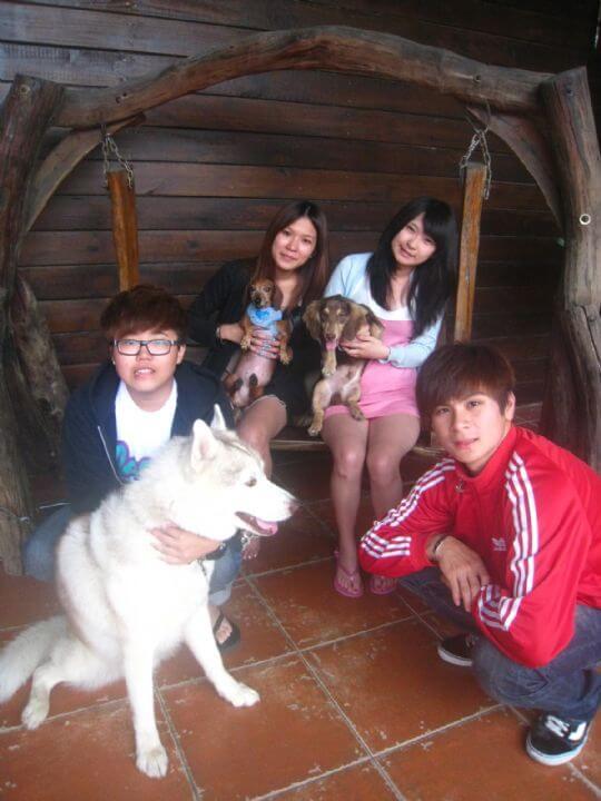 2011.5.30林小姐4人+1狗入住船屋和蛋屋 相片來源:墾丁寵物民宿.哈CHEESE