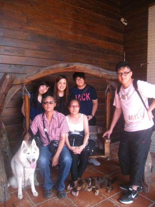 2011.6/11~12cammy6人入住船屋、蛋屋和樹屋 相片來源:墾丁寵物民宿.哈CHEESE