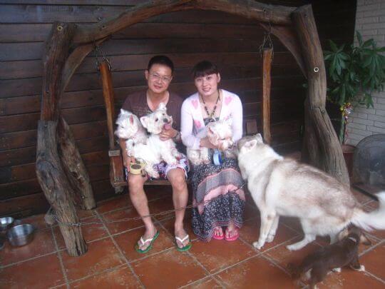 2011.7/9林小姐2人+3狗入住蛋屋 相片來源:墾丁寵物民宿.哈CHEESE