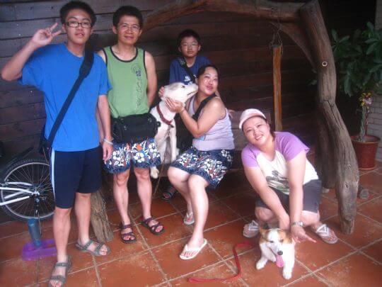 2011.7/21薛小姐5人+1狗入住通鋪 相片來源:墾丁寵物民宿.哈CHEESE