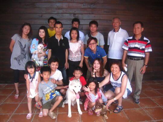 2011.7/23賴小姐13人+3狗入住船屋、蛋屋、樹屋和通鋪 相片來源:墾丁寵物民宿.哈CHEESE