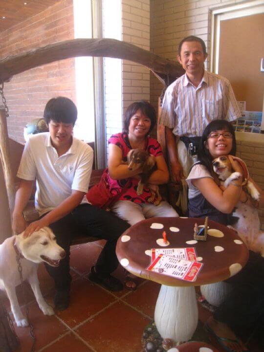 2011.7/29黃先生4人+1狗入住通鋪 相片來源:墾丁寵物民宿.哈CHEESE