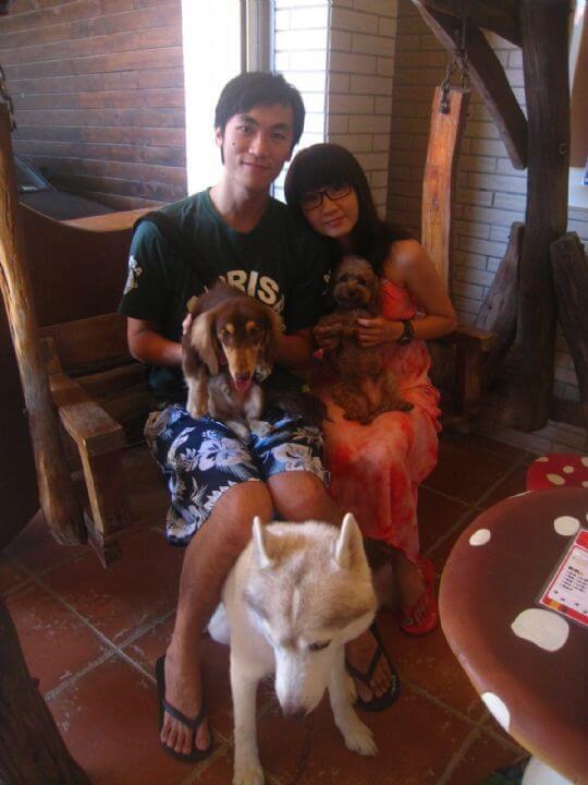2011.8.22~23黃先生2人+1狗入住船屋和蛋屋 相片來源:墾丁寵物民宿.哈CHEESE